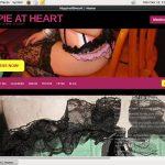 Hippieatheart.modelcentro.com Password Username