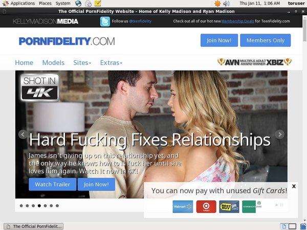 Porn Fidelity 신용 카드